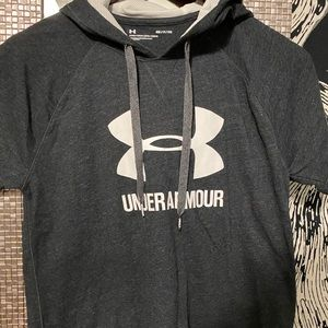hooded work out shirt